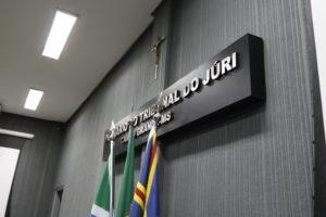 Acusado de feminicídio de vizinha vai a júri em abril