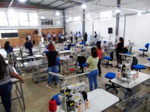 Com apenas 45 dias de mandato Rhaiza Matos inaugura 1ª indústria em sua gestão