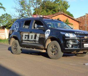 Policiais civis capturam dois homens foragidos da Justiça, em Campo Grande