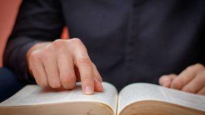 TJ SP decidiu que livros religiosos não são válidos para redução de pena