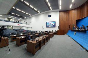Imagem: Nas sessões ordinárias, os deputados, com participação remota ou presencial, tomam decisões importantes aos sul mato grossenses