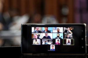 Votação é transmitida ao vivo pelos canais de comunicação da ALEMS. Foto: Wagner Guimarães