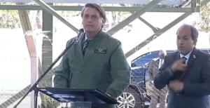 Presidente Jair Bolsonaro participa de cerimônia em Ponta Porã (Foto: Reprodução/ TV Brasil)