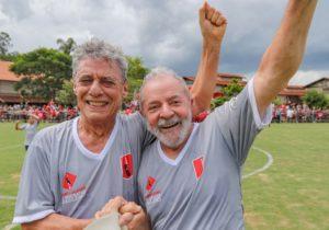 Chico Buarque e Lula: Classe intelectual e artística brasileira rouba e ensina a roubar